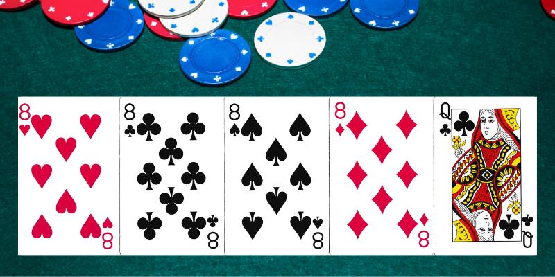 Keturios vienodos - poker kombinacijos