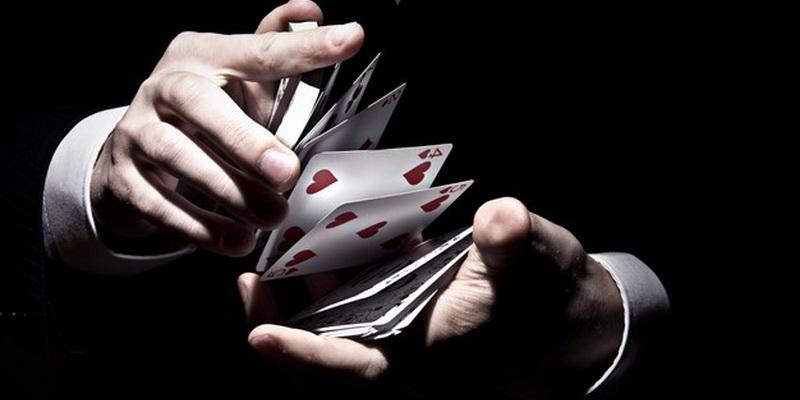 Kortų maišymas - pokeris online Lietuvoje iš tikrų pinigų