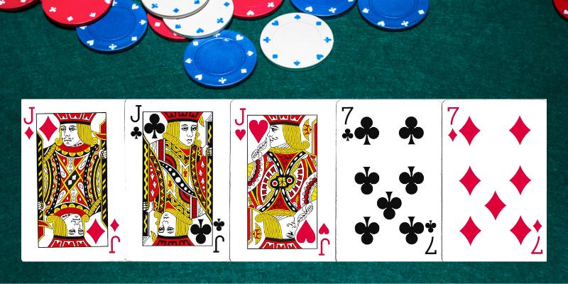 Pilna troba - pokeris kombinacijos