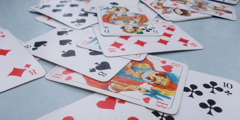 Durnius ir 1000 kortų žaidimo bei kitų žaidimų taisyklės su kortomis