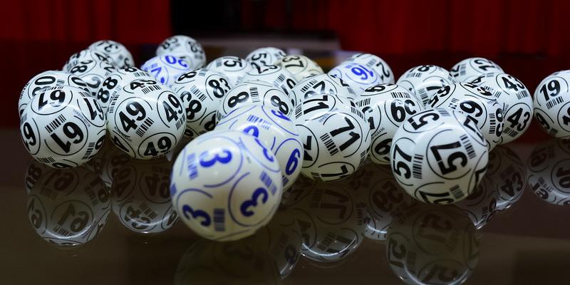 Keno loto taisyklės ir kamuoliukai