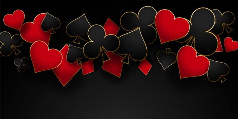 Kortų lošimas poromis keturiese - keturi kortų simboliai