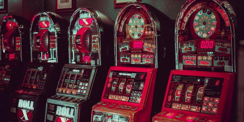 Penki lošimo automatai internete ir realiai